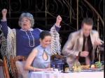 В русском драмтеатре зрителям представили мелодраму «Деревья умирают стоя»