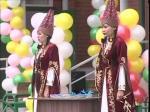 К.Аксакалов принял участие в торжественной сдаче нового 50-квартирного дома